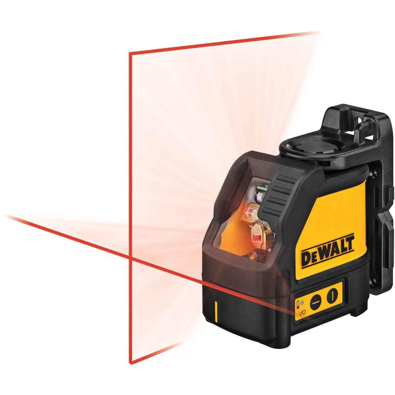 DeWalt 100 Ft. Self-Leveling Cross-Line Laser Level Image 7